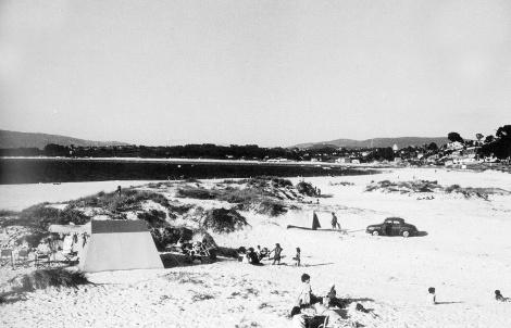 Playa de las Barcas en 1965. Fotografía Magar