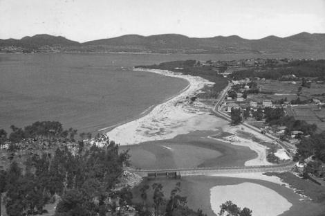 Samil y desembocadura del Lagares a principios de los años 60