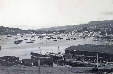 Antiguos astilleros de Barreras en 1910 Arenal.