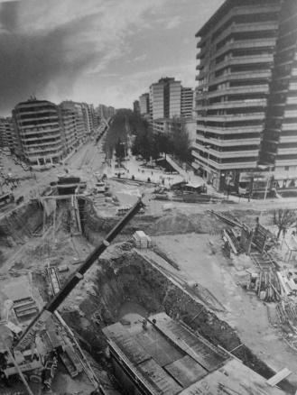Construcción del tunel de la Plaza de América