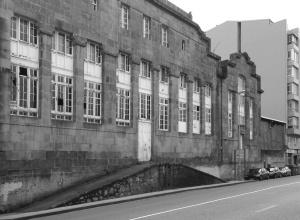 Edificio abandonado de la fábrica de conservas Alfageme en Coia