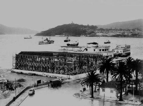 Obras de construcción de la piscina del Naútico en 1966