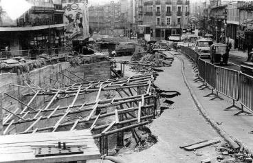 Obras del primer aparcamiento subterráneo en Vigo, en la Puerta del Sol. Fotografía Magar