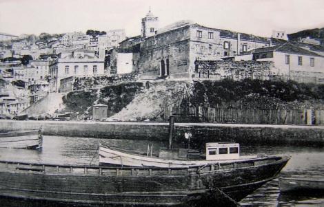 Convento de San Francisco en el Berbés donde se hallaba la Casa de Beneficencia. Fotografía de principios del siglo XX.