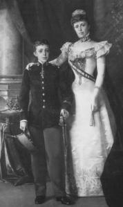 Alfonso XIII y su madre María Cristina