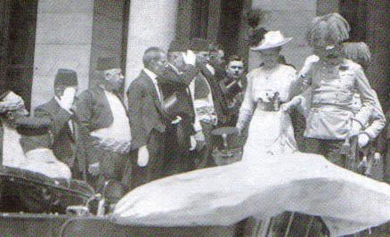 El archiduque Francisco Fernando de Austria y su mujer poco antes de ser asesinados