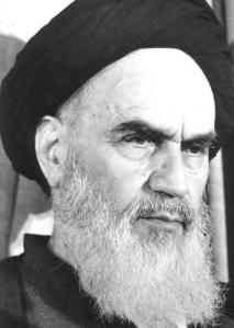 El líder de la revolución contra el Sha de Persia, el ayatollah Jomeini