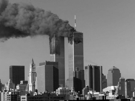 Las Torres Gemelas de Nueva York tras el choque de los dos aviones terroristas
