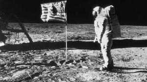 Neil Amstrong en la luna