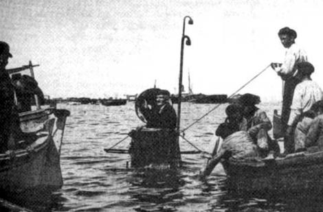 Sanjurjo Badía el día de la prueba de su submarino