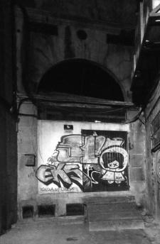Túnel al final del callejón de los Caños. Fotografía Eduardo Galovart