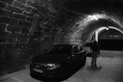 Túnel en un garage de la calle República Argentina. Fotografía Eduardo Galovart