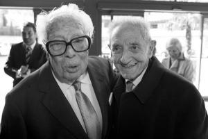 Francisco Fernández del Riego e Isaac Díaz Pardo. Fotografía Faro de Vigo