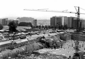 Construcción del Alcampo en Coia