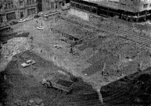 Obras para el aparcamiento subterráneo de la plaza de Portugal. Fotografía Faro de Vigo