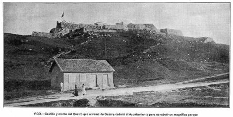 Fotografía de Vida Gallega en los años 30 que anuncia la noticia sobre el destino del castillo del Castro