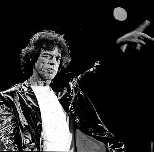 El líder de los Rolling, Mick Jagger, en un momento de su concierto en Balaídos. Fotografía Cameselle Faro de Vigo