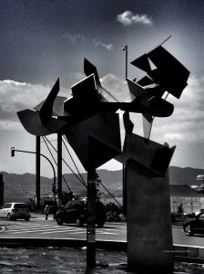 La escultura del Bicentenario de Silverio Rivas. Fotografía Eduardo Galovart