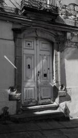 Portal en calle Joaquín Yáñez